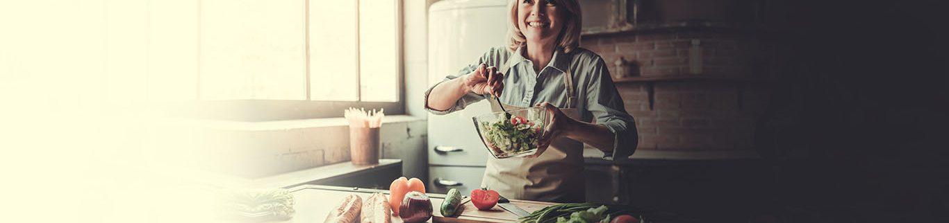 """Saiba quais alimentos são """"amigos"""" ou """"inimigos"""" da saúde no combate ao colesterol"""